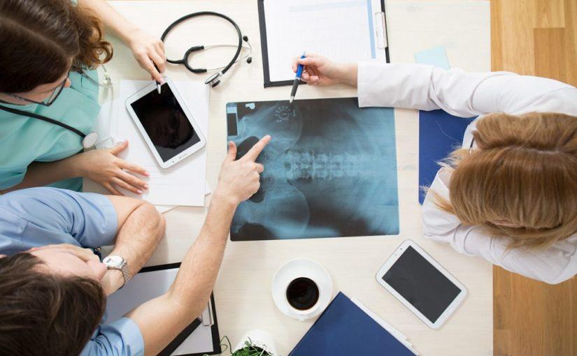 Leczenie osteopatią to medycyna niekonwencjonalna ,które prędko się rozwija i wspomaga z problemami zdrowotnymi w odziałe w Krakowie.